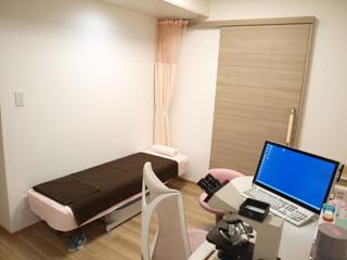 診察室(2)